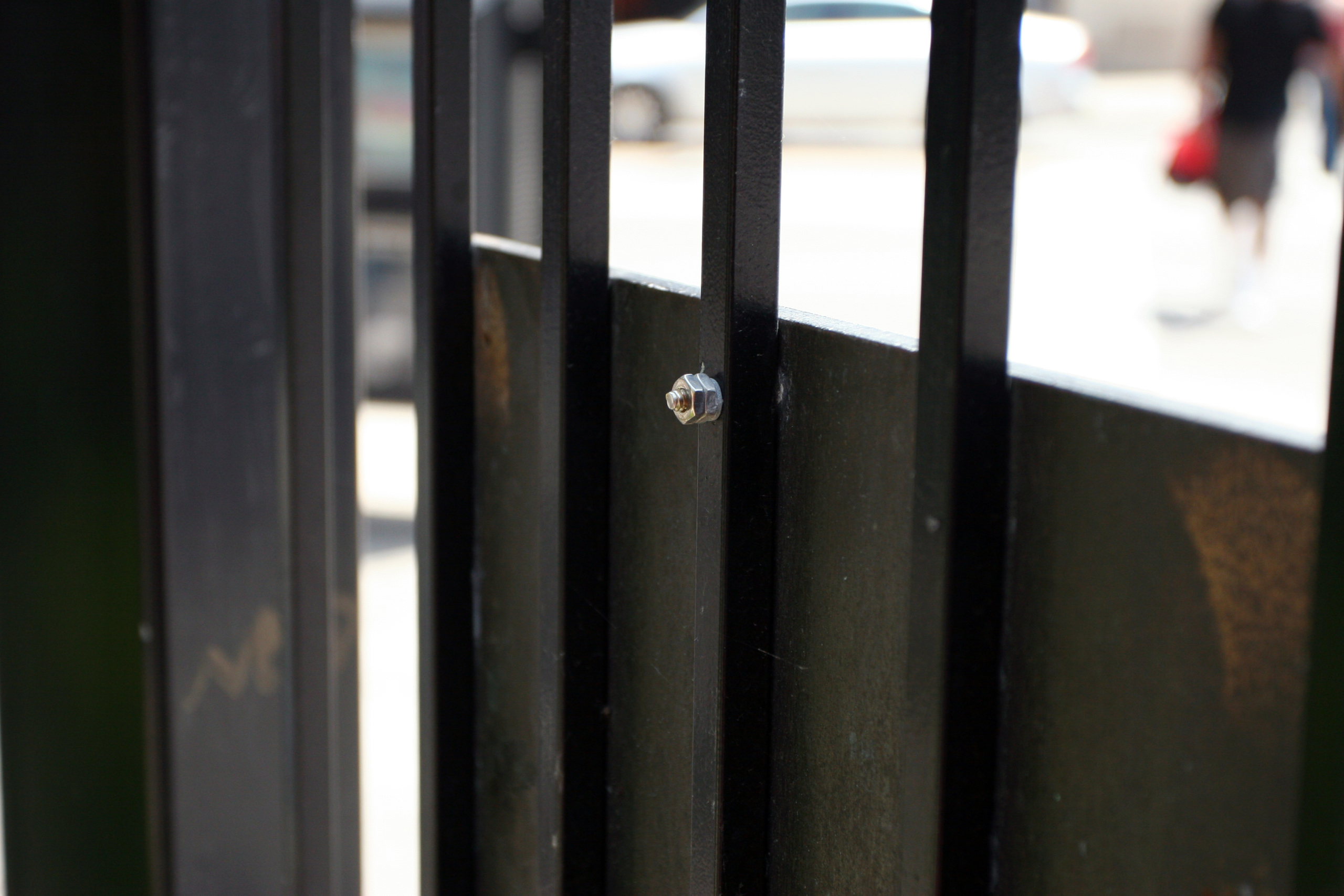 Hollow Mount for Fence